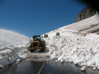 The plows make progress near Siyeh Bend on May 23. Photo courtesy: GlacierNPS
